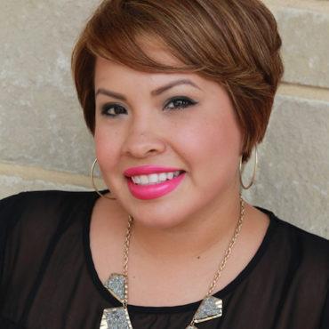 pflugerville-tx-hair-stylist-Brenda-Barbosa.jpg