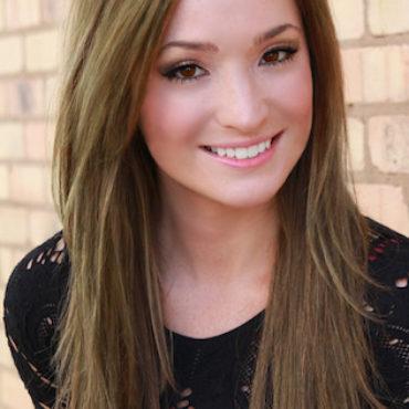 round-rock-tx-hair-stylist-Kristin-Revis.jpg